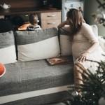 seimos-kaledine-fotosesija-namuose-gyvos-nuotraukos-goodlife-photography-31