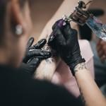 visu-sventu-tattoo-salonas-gimtadienis-reportazas-tatuiruotes-gabi-bast12photography-